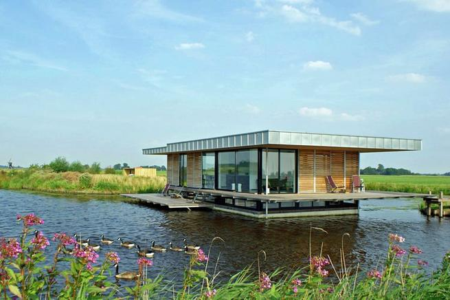 traum auf dem wasser luxus hausboot in holland campingdreams campingblog travelblog. Black Bedroom Furniture Sets. Home Design Ideas