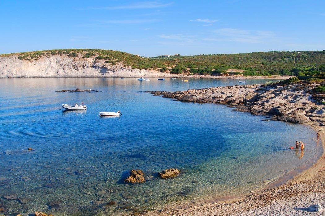 Sardini de parel in de middellandse zee 3 sterren camping tonnara campingdreams - Centraal eiland om te eten ...