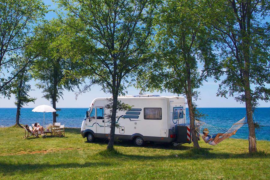 4 sterne campingplatz umag istrien kroatien. Black Bedroom Furniture Sets. Home Design Ideas