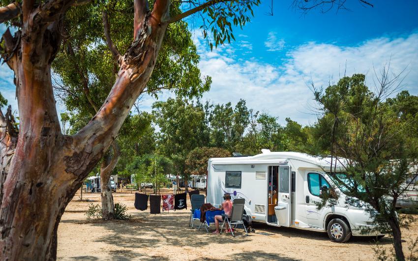 4 sterne campingplatz tiliguerta sardinien campingdreams. Black Bedroom Furniture Sets. Home Design Ideas