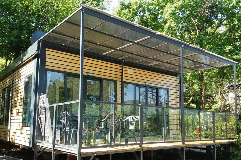 luxus mobilheim auf dem 4 sterne campingplatz weekend am. Black Bedroom Furniture Sets. Home Design Ideas