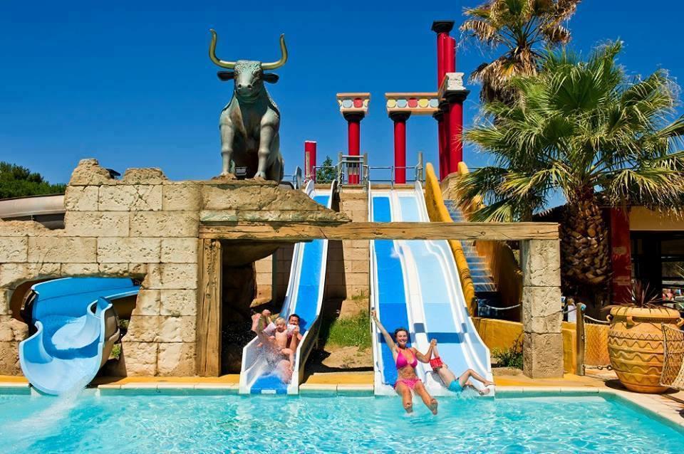 Le camping mer et soleil au sud de la france merveilleux for Camping avec piscine sud de la france