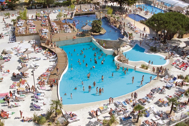 Camping le vieux port 7 piscinas confort extraordinario for Camping en las landas con piscina cubierta